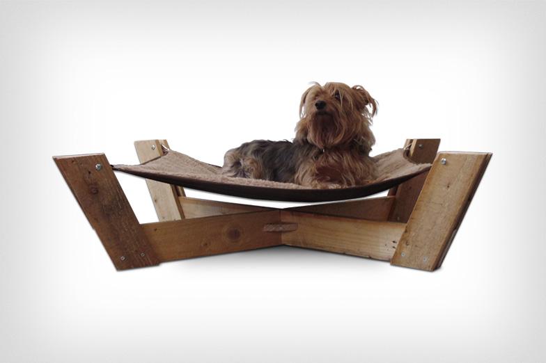 Лежак для собаки из поддона